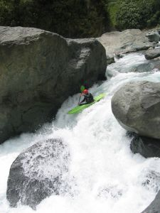 Kayaking_falls
