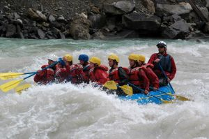 Whitewater_guides